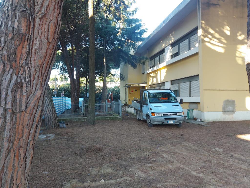 Cantiere alla scuola Catullo