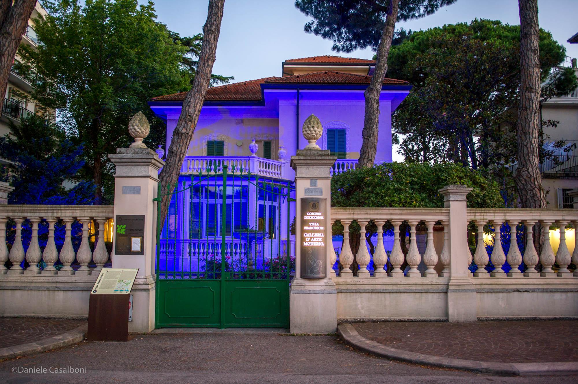 Villa Franceschi, fotografia notturna