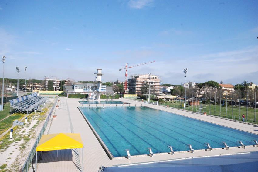 comune di riccione piscina olimpionica all 39 aperto foto